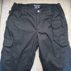 EUC 5:11 Tactical Pants Size 10.